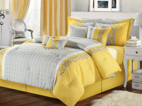Combination of gray and yellow colors