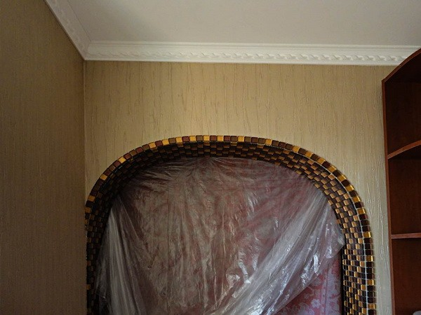 лучших арки из мозаики в квартире без