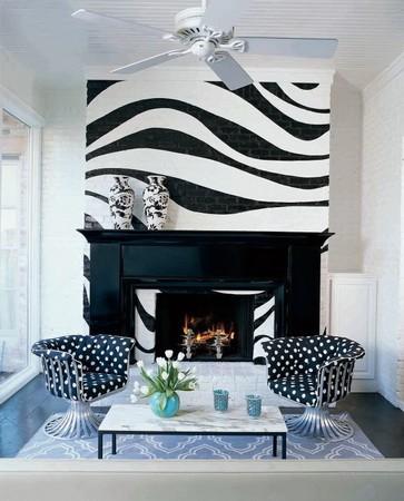 Принт зебра на кирпичной стене