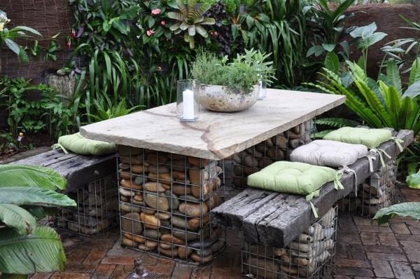 Мебель из габионов на даче