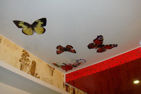 Виниловые наклейки на потолке