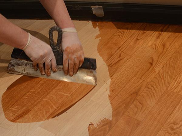Лакирование деревянного пола